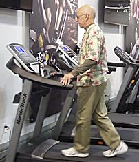 Fred Waters Reviewing the NordicTrack C990 treadmill
